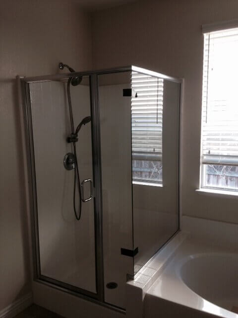 Ag Residential Shower Enclosures 02