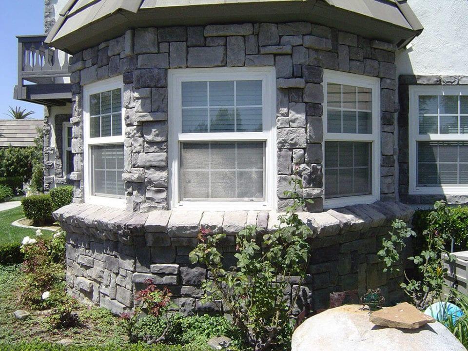 replacement windows in Corona, California